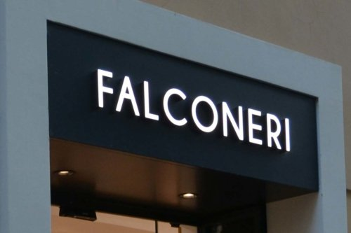 personal shopper falconeri