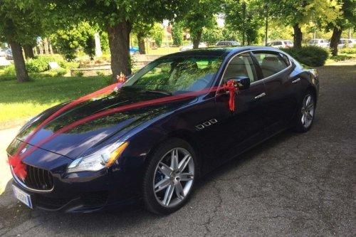 Maserati 4 porte noleggio con conducente per matrimoni