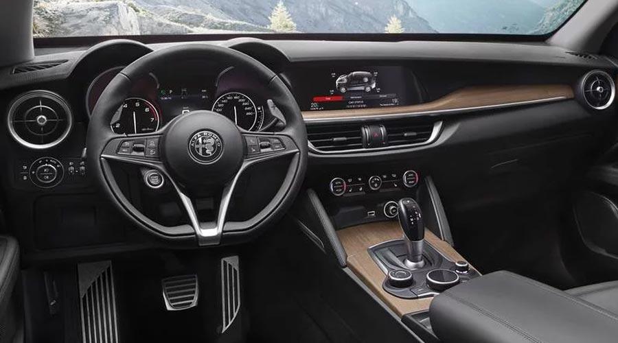 Noleggio con conducente Alfa Romeo Stelvio