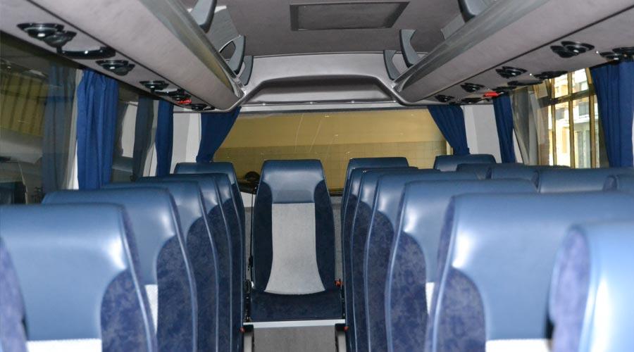 Minibus a noleggio con autista